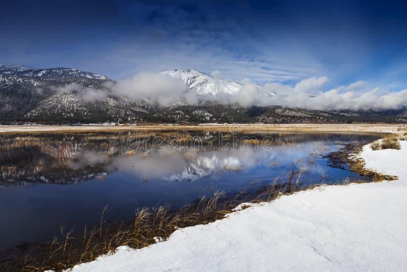 Banki jezioro w obruszenie górze, Washoe dolina, Nevada obraz stock