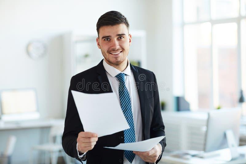 Bankier in bureau royalty-vrije stock foto