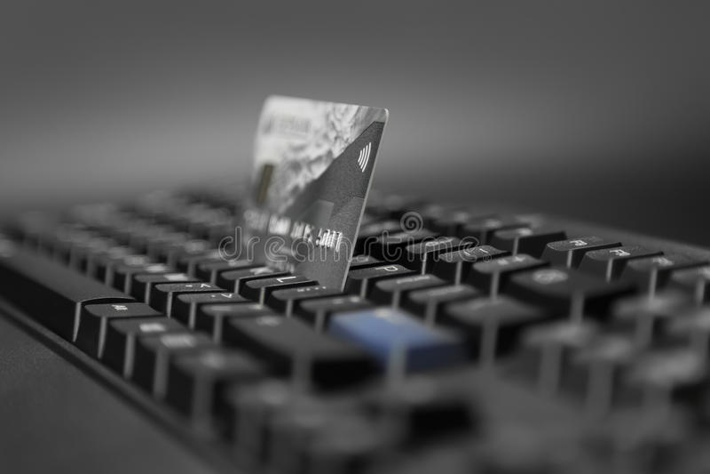 Bankkaart en computertoetsenbord zonder contact royalty-vrije stock fotografie