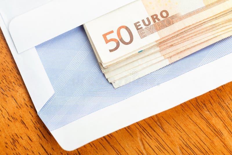 Banknoten Im Umschlag Lizenzfreie Stockfotos