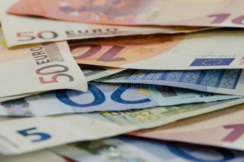 Download Banknoty zdjęcie stock. Obraz złożonej z oszczędzania - 57652162