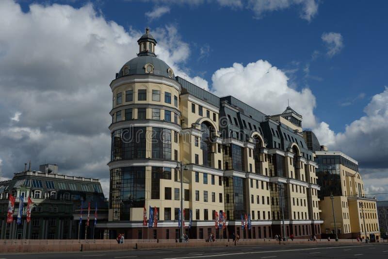 Bankrörelsekomplex av den huvudsakliga avdelningen av centralbanken av Ryssland i Moskva arkivbild