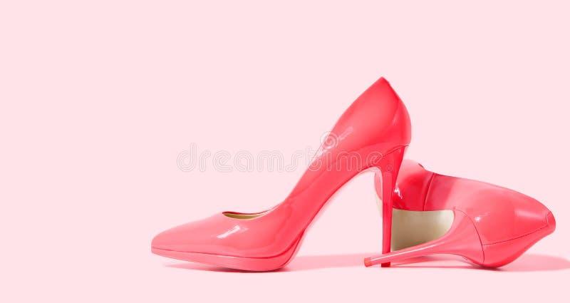 Banner de Sapatos de Mulher Alto salto fechado Vista superior Moda das mulheres Acessórios para senhoras Calçado formal feminino  foto de stock royalty free