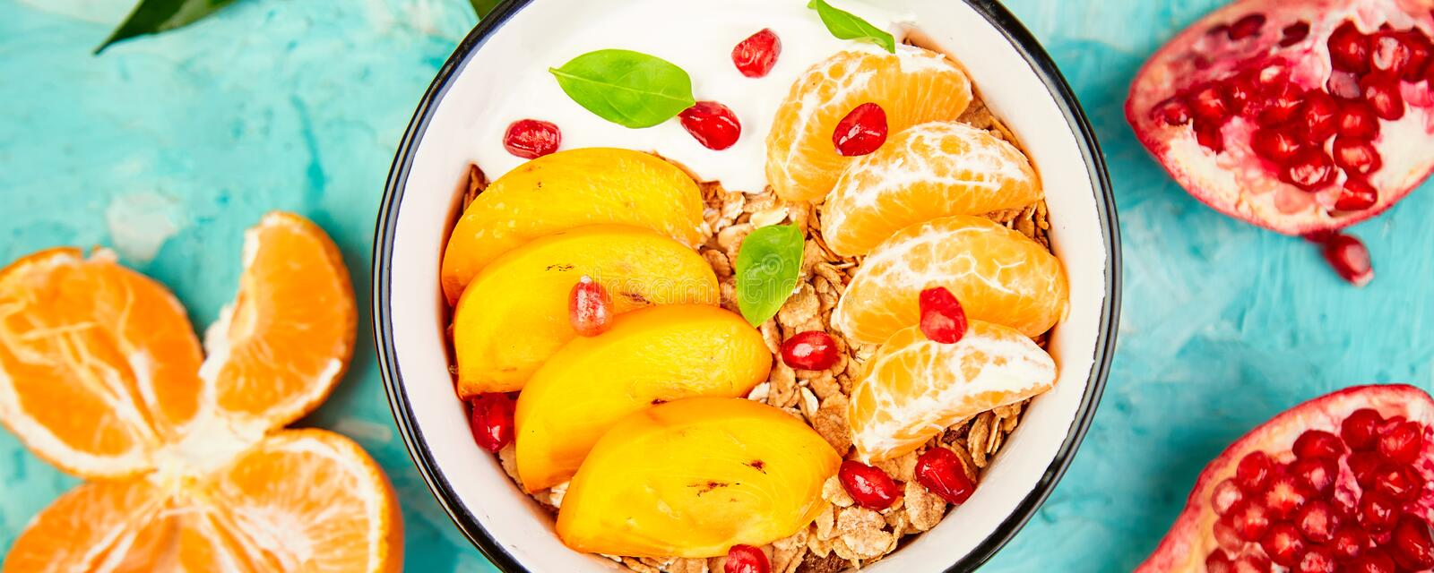 Banner with Tropical fruit Breakfast homemade granola yogurt Healthy imagens de stock