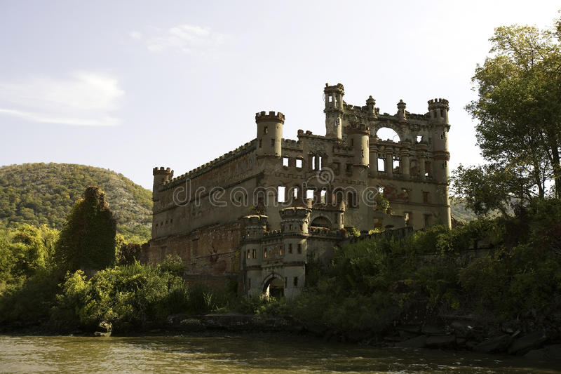 bannerman взгляд реки замока стоковая фотография