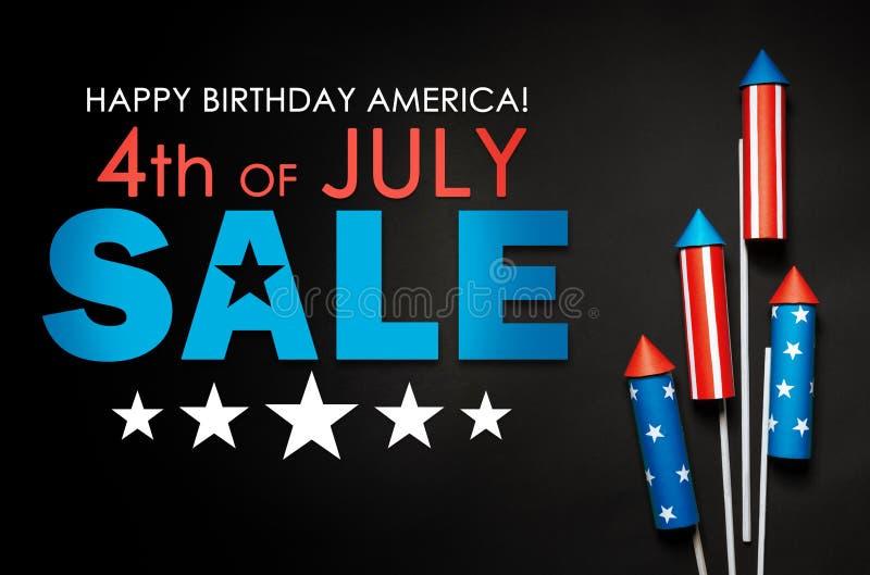 Bannerverkoop ter ere van de viering van de Onafhankelijkheidsdag op 4 Juli in Amerika royalty-vrije stock foto