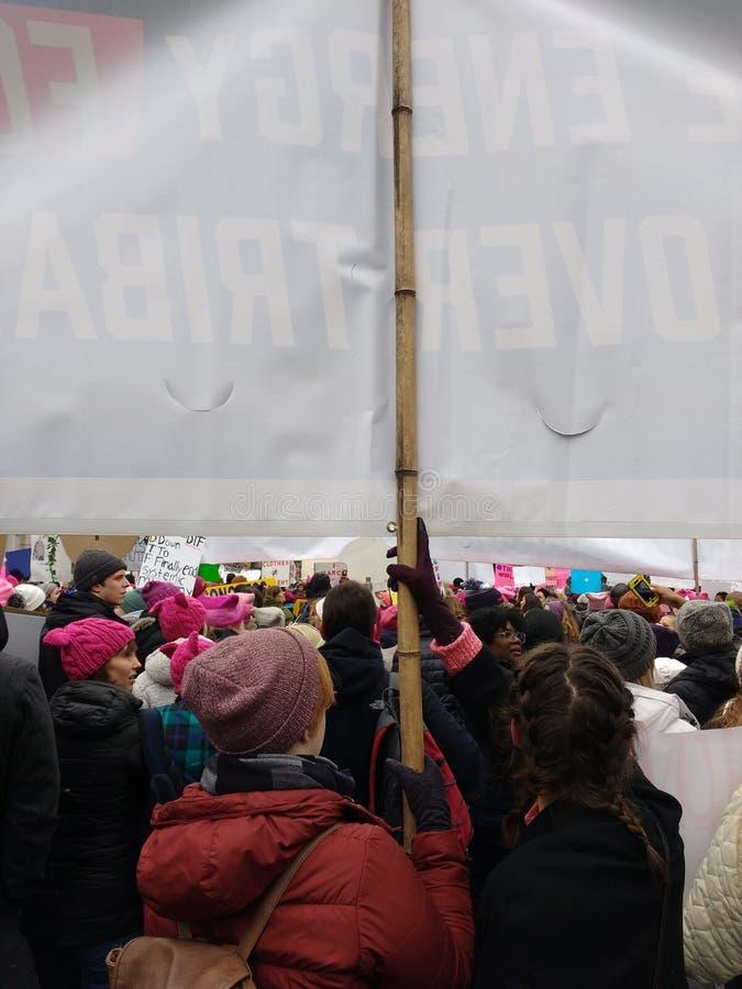 Bannière portée chez mars des femmes, Washington, C.C, Etats-Unis photos libres de droits