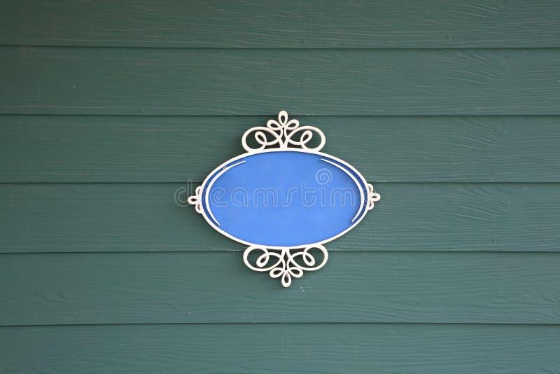 Bannière vide de vintage sur la planche en bois image stock