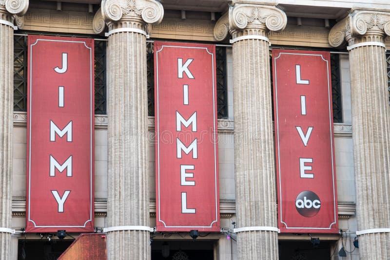 Bannières pour le programme télévisé de Jimmy Kimmel Live sur le Bd. de Hollywood à Los Angeles photographie stock