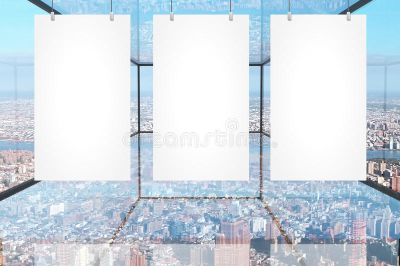 Download Bannières Vides Dans La Chambre En Verre Illustration Stock - Illustration du clips, photo: 77161974