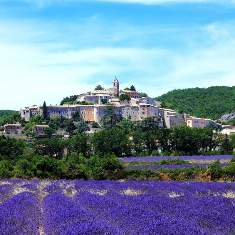 banon παλαιά πόλη της Γαλλίας στοκ εικόνες