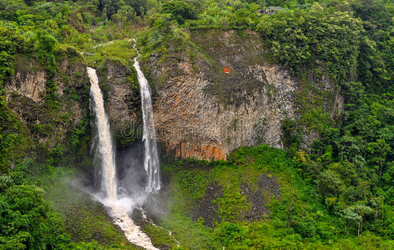 Banos de Agua Санта, эквадор стоковое изображение rf