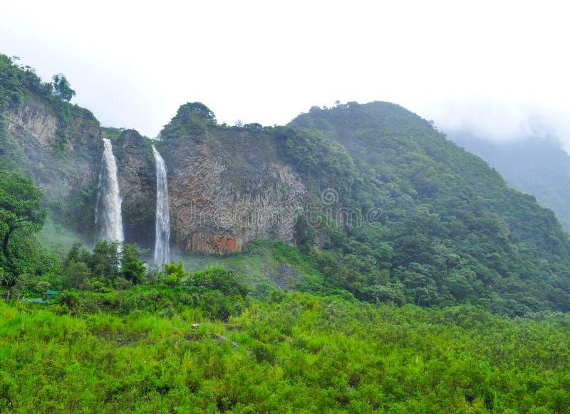 Banos de Agua Santa, Equateur image stock