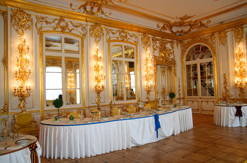 Download Banquet Table In Dining-hall Editorial Stock Image - Image: 11686774