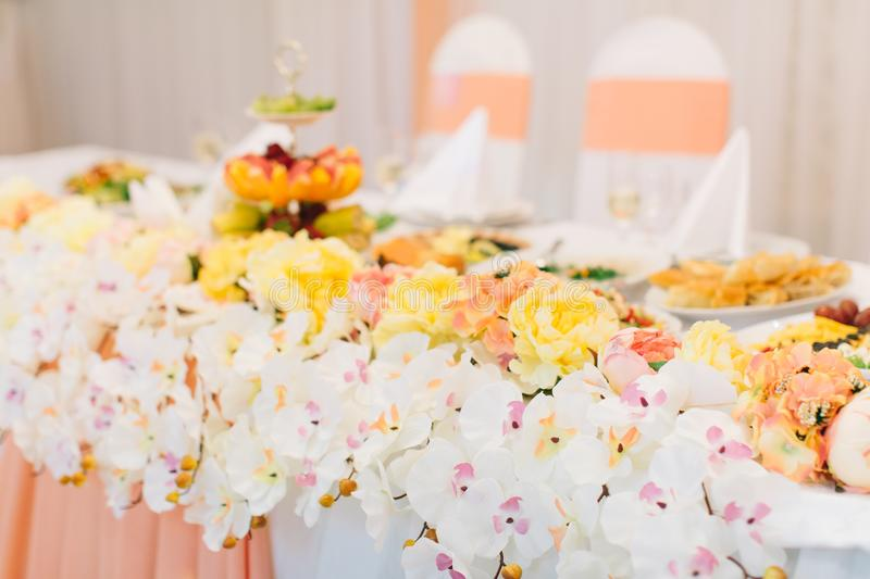 Decorated Banquet Table Setting Stock Image Image Of Dinnerware - Banquet table setup ideas
