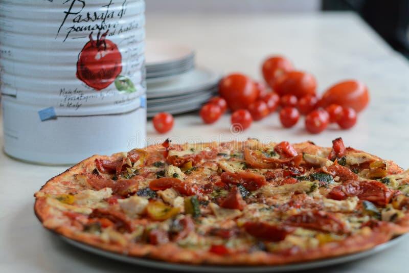 Banquete en la pizza imágenes de archivo libres de regalías