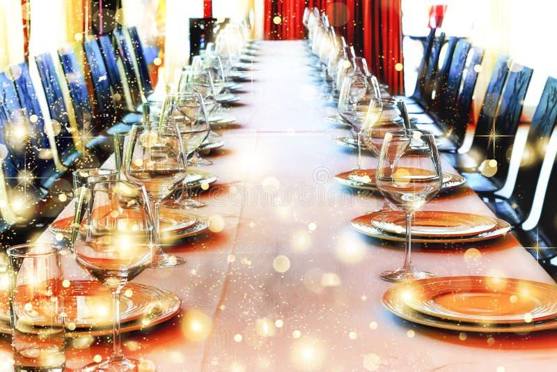 Banquetee el pasillo, Halloween, la Navidad, servicio en un restaurante, co imagenes de archivo