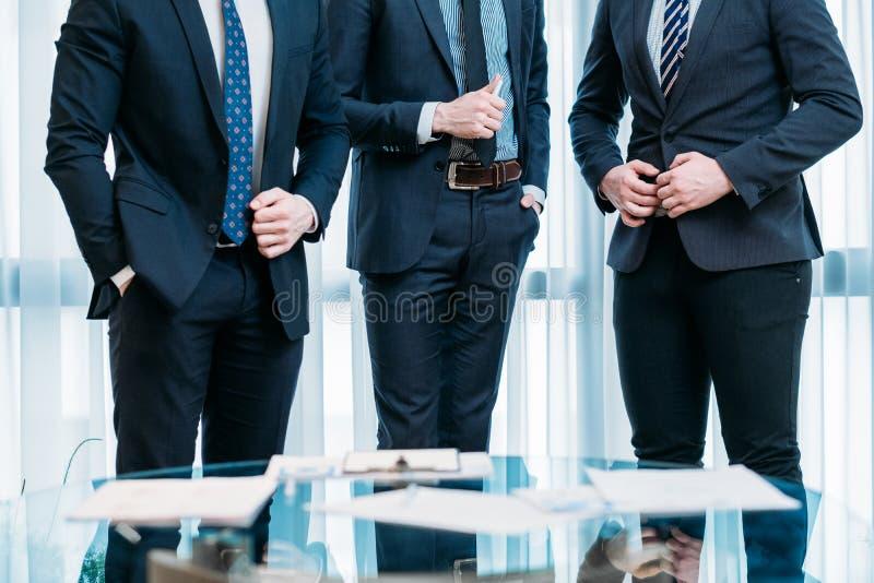 Banquier d'hommes d'affaires d'équipe de succès de direction photographie stock