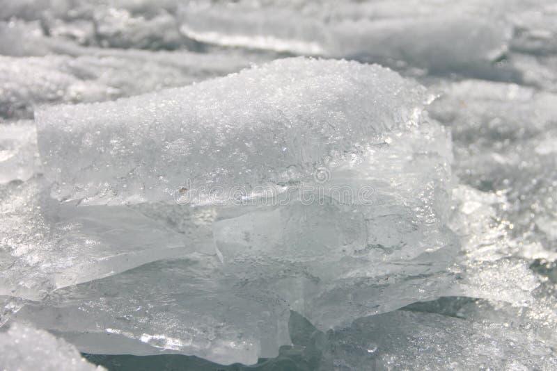 Banquisas de gelo transparentes bonitas Imagem tomada no Lago Baikal, Rússia fotos de stock royalty free
