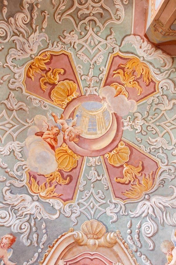 Banska Stiavnca - freskomålning i den lägre kyrkan av den barocka calvaryen av Anton Schmidt från år 1745 i kapellet av sakral hj royaltyfri fotografi