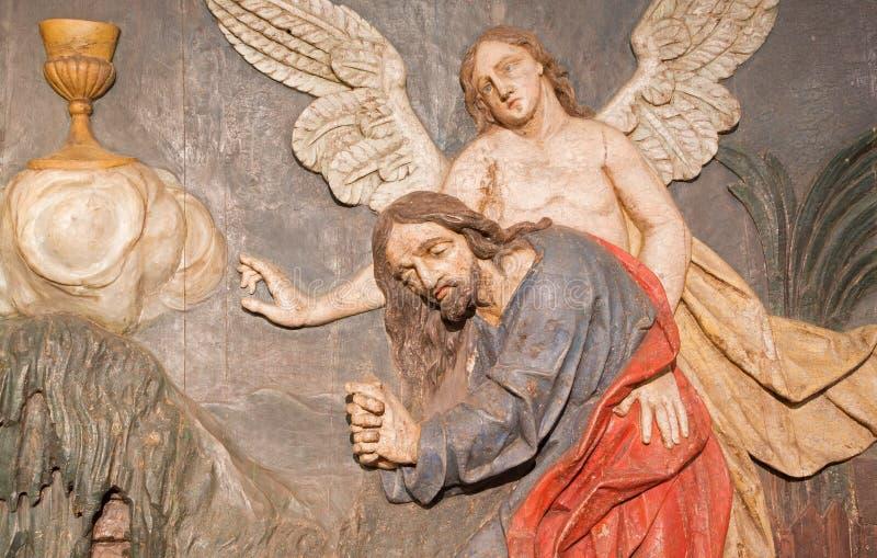 Banska Stiavnica - o relevo cinzelado da oração de Jesus no jardim de Gethsemane como a parte do calvário barroco imagem de stock royalty free