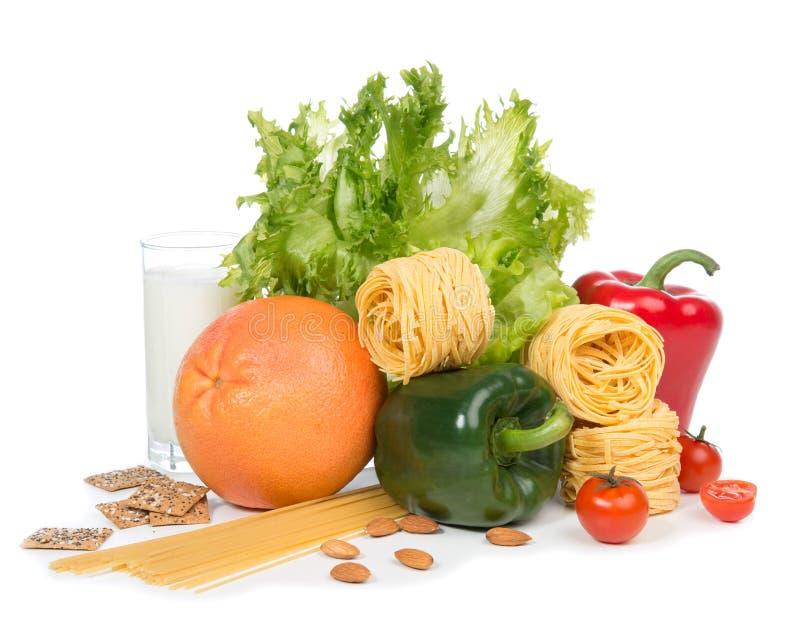 Banta begreppet för frukosten för viktförlust med organisk gräsplan och röd pe arkivfoto