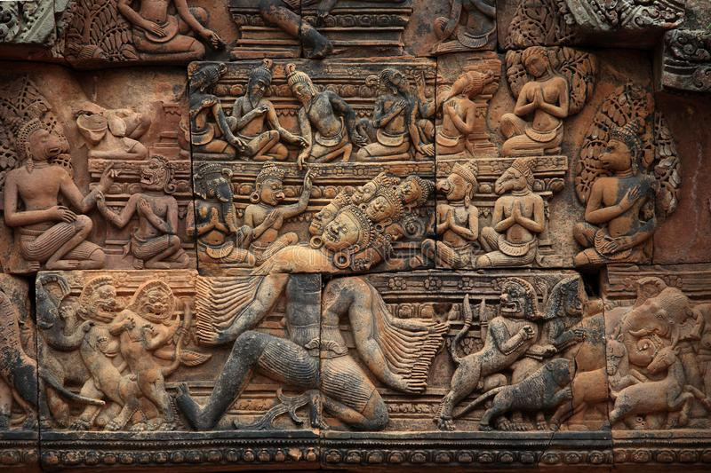 Banteay Srei świątynia lokalizować w Angkor Thom terenie w Siem Przeprowadza żniwa miasto Kambodża zdjęcie royalty free