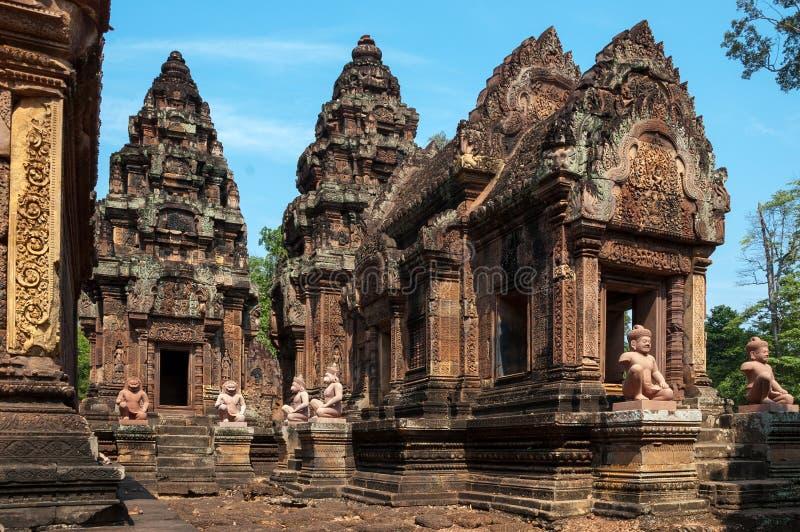 Banteay Srei świątynia - popularna turystyczna przerwa blisko Siem Przeprowadza żniwa zdjęcie royalty free