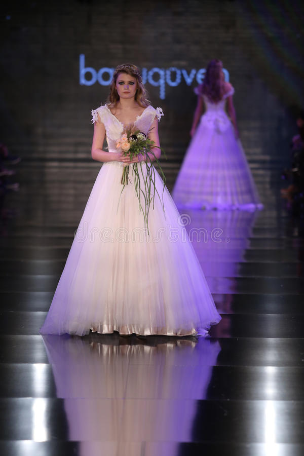 Banu Guven Catwalk photographie stock