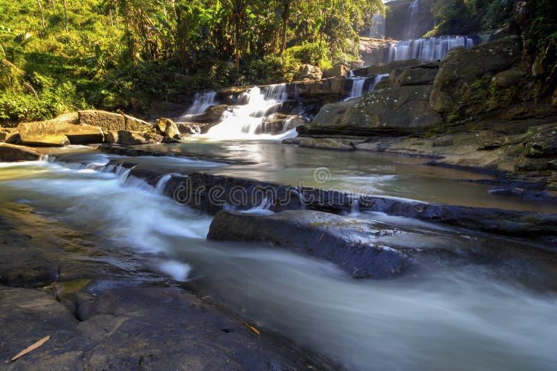 Banyumas Indonésia do ajibarang do nangga da cachoeira foto de stock royalty free