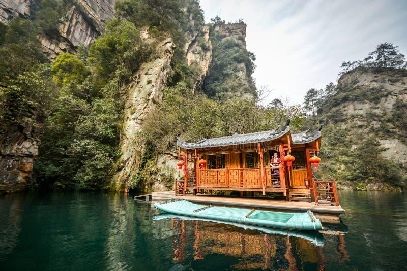 BaoFengmeer in het Toneelgebied van Wulingyuan royalty-vrije stock afbeelding