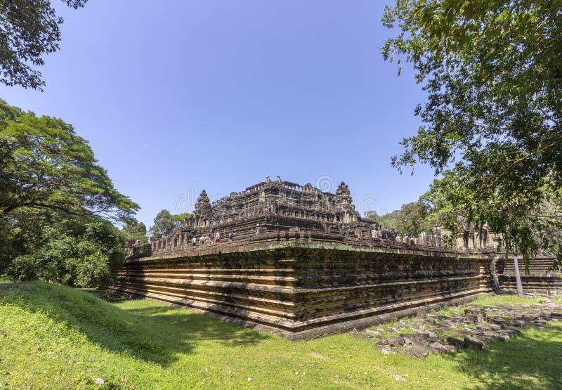 Baphuon tempel i Angkor Thom, den sista och mest bestående huvudstaden av en khmervälden cambodia skördar siem arkivbild