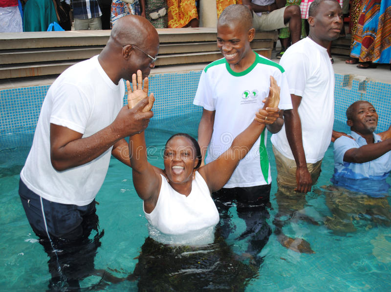 how to build a baptism pool