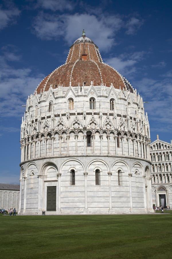 Baptisterio en Pisa foto de archivo libre de regalías