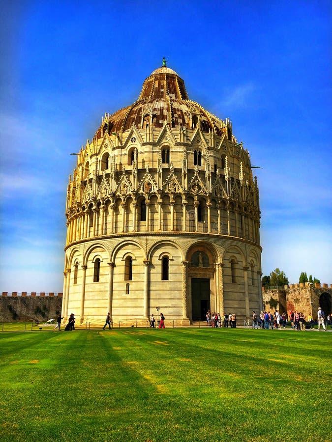 Baptistery de Pisa imagem de stock