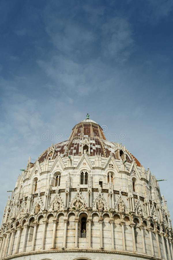 Baptistery de Pisa, It?lia foto de stock royalty free