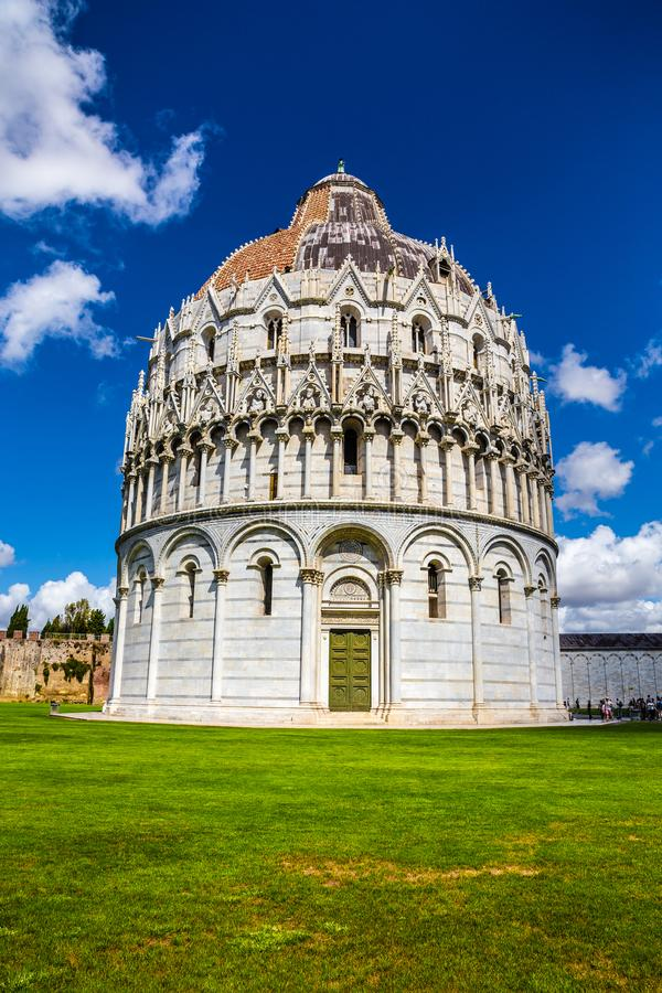Baptistery de Pisa de St John - Pisa, Itália, Europa foto de stock royalty free