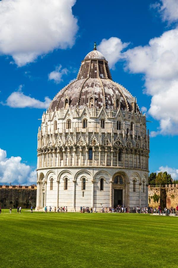 Baptistery de Pisa de St John - Pisa, Itália, Europa imagem de stock royalty free