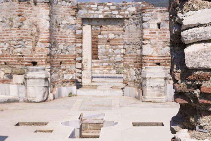 Baptistery na basílica do apóstolo de Saint John na cidade antiga de Ephesus, Turquia fotografia de stock royalty free