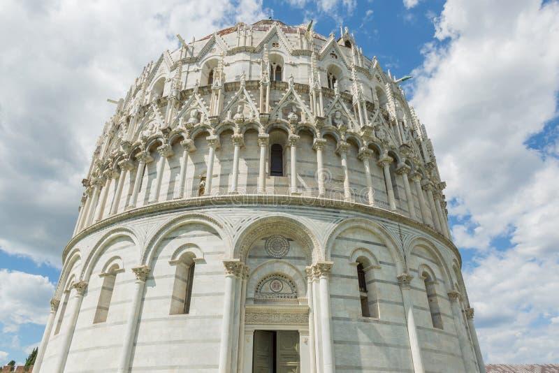 Baptistery in Pisa stock foto's
