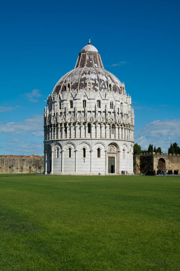 Baptistery van Pisa, Toscanië, Italië royalty-vrije stock afbeelding