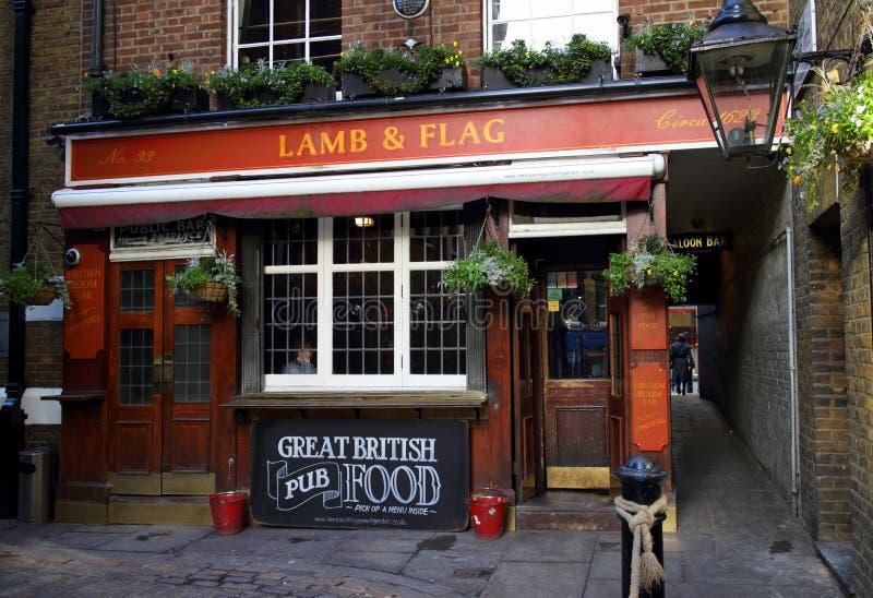Bar do cordeiro & da bandeira foto de stock