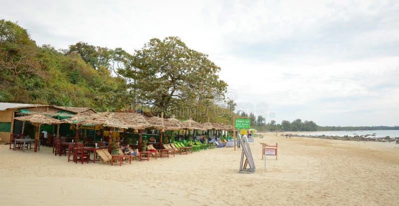 Bar en restaurant in Ngapali, Myanmar royalty-vrije stock afbeeldingen