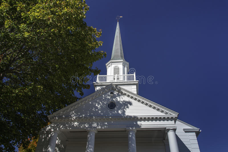 Bar Harbor Congregational Church, USA, 2015. The Bar Harbor Congregational Church is located on the Village Green in the center of the city stock photo