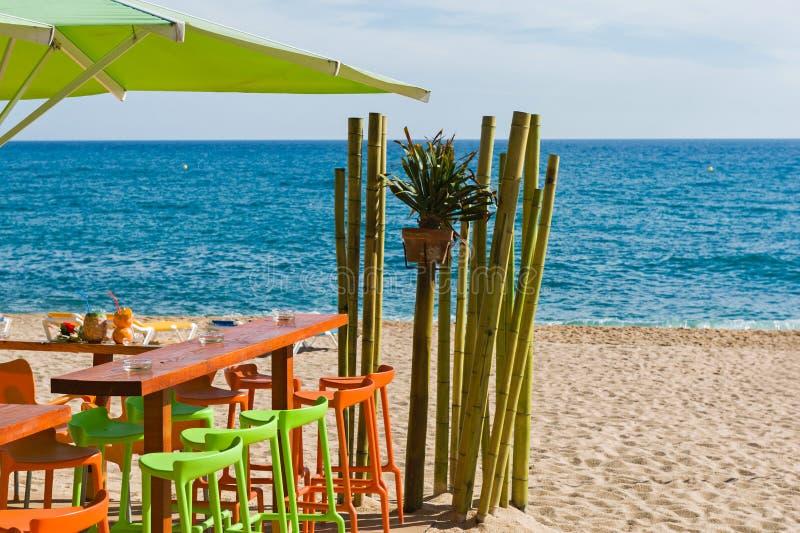 Bar op het strand stock afbeeldingen