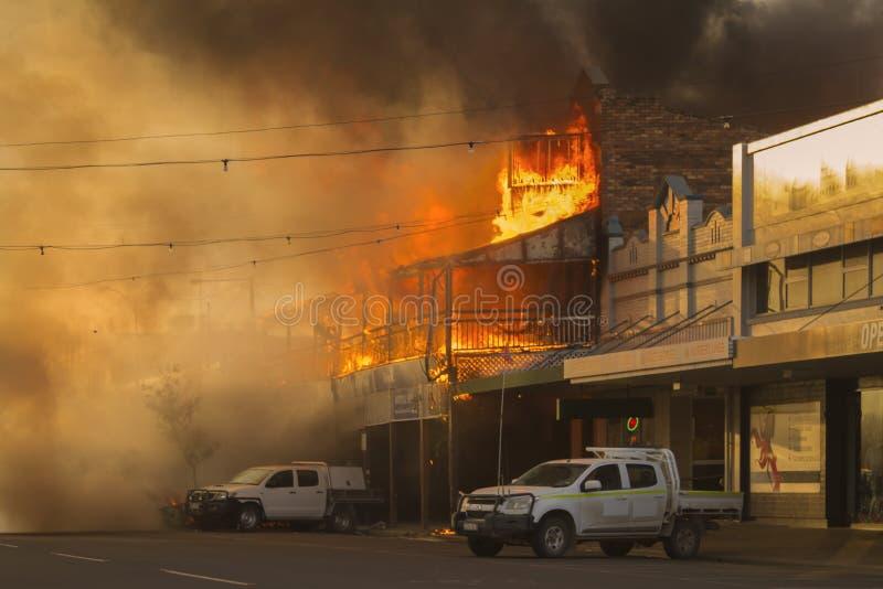 Bar på brand arkivbilder