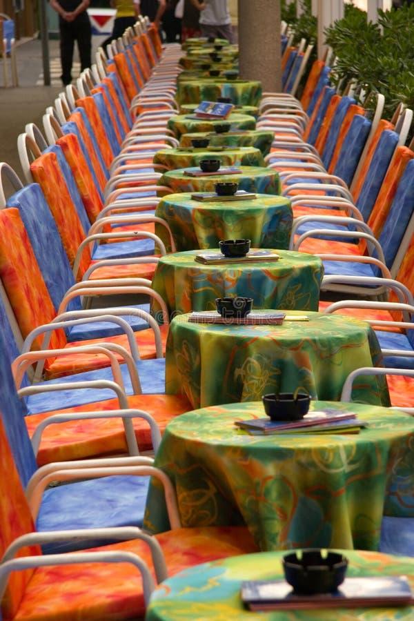 bar posiedzenie zewnętrznego zdjęcia royalty free