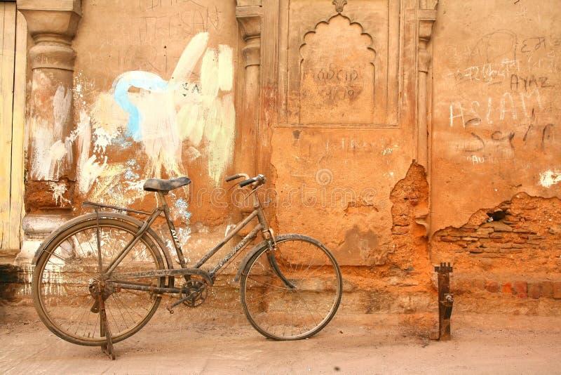 Bara Imambara is een imambara complex in Lucknow, India stock foto