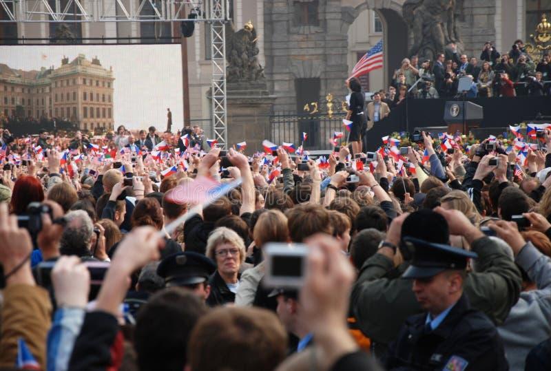 barack tłumu powitania obama Prague zdjęcia stock