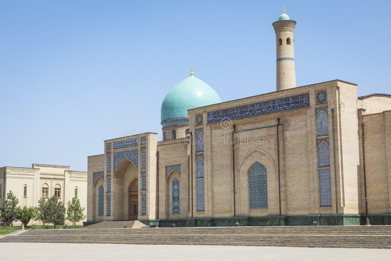 Barak Khan madrasah Den Hast imamen Square Hazrati Imam är en religi arkivfoto